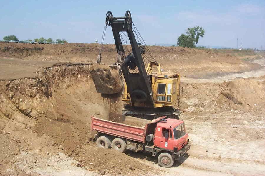 escavatori unex P0001222